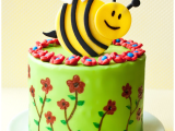 Drawing Flowers On Cake Use This Tutorial to Make A Beautiful Spring Cake with Fondant